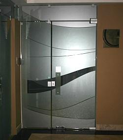 Deco blast studio sandblasting vinil frost for Puertas para oficinas exteriores
